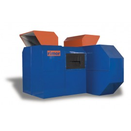Soundproof casing for generators